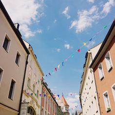 "Gefällt 70 Mal, 2 Kommentare - 📍Regensburg, Germany | 💌 K (@franziskasbk) auf Instagram: ""#Summer #estate #sommer #città #oldtown #baviera #bavaria #happiness #bluesky #happy #instalike…"""