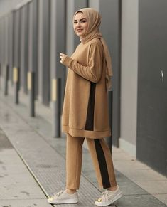 The word conjures up images of gorgeous Muslim girl. The word conjures up images of gorgeous Muslim girl… fashion 2019 fashion ab Hijab Fashion Summer, Modern Hijab Fashion, Street Hijab Fashion, Hijab Fashion Inspiration, Muslim Fashion, Fashion Outfits, Casual Hijab Outfit, Hijab Chic, Hijab Dress