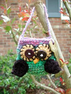 These are the sweetest little owlies you have ever made. These are tiny little pouches that measure about 6 inches in height. They look like littler purses. I added a vintage key just for whimsy!! They would be perfect little gifts!    The pattern in in pdf format and can be downloaded once payment is made.    Please message me if you have any questions, I am happy to answer!    Dawn Sparks
