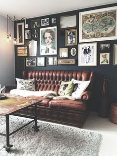 first home decor in april i bought my first home. these are some of my favorite home decor and interior designs. Living Pequeños, Home And Living, Living Spaces, Dark Living Rooms, Living Room Designs, Living Room Decor, Bedroom Decor, Living Room Vintage, Rustic Walls