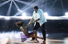 Danse avec les Star 7 - C'est sur une danse contemporaine que l'humoriste Artus a fait sensation aux côtés de sa partenaire Marie Denigot.