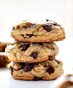 Spice Chocolate Chip Cookies add a hint of pumpkin spice to everyone's favorite cookie!Pumpkin Spice Chocolate Chip Cookies add a hint of pumpkin spice to everyone's favorite cookie! Frozen Pumpkin, Homemade Pumpkin Pie, Pumpkin Recipes, Pumpkin Spice, Cookie Recipes, Dessert Recipes, Desserts, Pumpkin Cookies, Cookie Monster Pumpkin