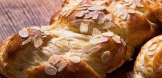 Τσουρεκι το ενανιση. Μία δοκιμασμένη και πετυχημένη συνταγή τσουρεκιού από τον Άκη, που την έχουμε χιλιοφτιάξει το Πάσχα, τα Χριστούγεννα αλλά και οποιαδήπο Pastry Recipes, Cooking Recipes, Mediterranean Dishes, Yams, Greek Recipes, Holiday Baking, Sweet Tooth, Vegetarian, Sweets