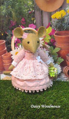 Daisy Woodmouse             Brambly Hedge     by dollsandbunnies, $48.00