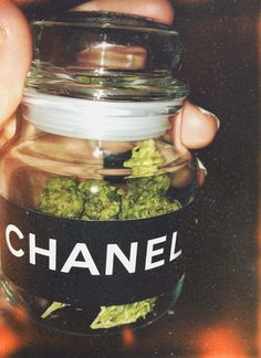 Two of our favorite things. Could you imagine what Chanel cannabis could be like? Ganja, Puff And Pass, Manicure Y Pedicure, Smoke Weed, Stoner Girl, Buy Weed Online, Cannabis Oil, Salvia, Herbs