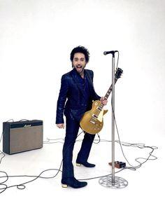 Carlo Pignatelli total look for Francesco Sàrcina - #carlopignatelli #femmina #videoclip #francescosarcina #totallook #rock #rockmantic