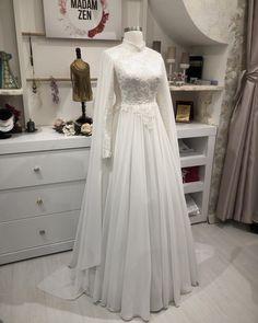 Modest Dresses, Lace Dresses, Bridesmaid Dresses, Dresses With Sleeves, Dress Lace, Abaya Fashion, Modest Fashion, Country Wedding Dresses, Wedding Gowns