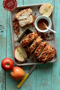 Apple Cinnamon Pull-Apart Bread | BHG Delish Dish @Bakers Royale | Naomi