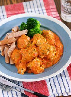 煮込みは10分♪『チキンの濃厚♡トマトクリーム煮』 by Yuu 「写真がきれい」×「つくりやすい」×「美味しい」お料理と出会えるレシピサイト「Nadia | ナディア」プロの料理を無料で検索。実用的な節約簡単レシピからおもてなしレシピまで。有名レシピブロガーの料理動画も満載!お気に入りのレシピが保存できるSNS。