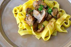 BLOG.ENTERTAININGBYTHEBAY.COM: Mushroom Stroganoff #recipe Mushroom Stroganoff, Stroganoff Recipe, Waffles, Main Dishes, Stuffed Mushrooms, Meat, Chicken, Drinks, Breakfast