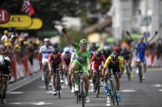 Marcel Kittel wins stage 11 at the Tour de France, 5th win of this year's tour.