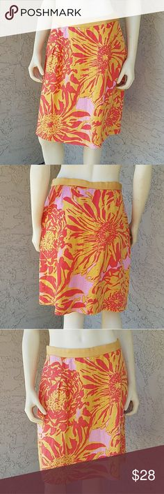 """Anthropologie's Edme & Esyllte Linen Flower Skirt Anthropologie's linen and cotton blend flower print midi skirt in a mustard and orange color with a little bit of pink by Edme & Esyllte Pleated along the front. Zipper and eye hook closure on left side. Cotton slip lining with a lace hemline.  Measurements: Waist 15"""" across, Length 21"""" Anthropologie Skirts A-Line or Full"""
