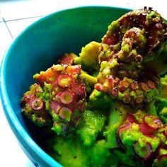 No this dish, no sauvignon Blanc of NZ:)♡ - 85件のもぐもぐ - Garlic salad of octopus & avocado by michakolotus