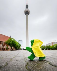 What's going on in Berlin with this rain?!?! I'm always ready though ;) #LittleGreenMan #AmpelmannWorld #FollowAmpelmann #ampelmanLifestyle #Berlin
