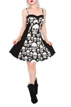 Why do I love skull print dresses so much: I already own two. xP