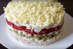 Салат «Боярский»: нравится абсолютно всем Slow Cooker Recipes, Cooking Recipes, New Year's Food, Russian Recipes, Vanilla Cake, Macaroni And Cheese, Nom Nom, Recipies, Food And Drink