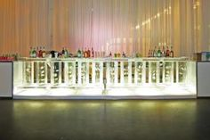 Iceculture created an ice bar for the cocktail reception.
