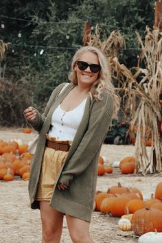 September 1st rolled around and I was ready to celebrate fall but the   weather had other ideas. I've been working in my fall style so I figured   I'd share my tips on how to dress for fall even in warm weather.   Sharing 10 tips for how to dress for fall even in warm weather. Click on   the post to get my tips and outfit details! #fallstyle   #fallfashion #falloutfit
