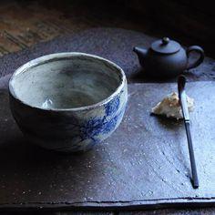 #분청#동다완#아리랑다관 #백탕기 #사각매트 #teabowl #chawan #chasabal #teapot #teaware #buncheong  #gaeunyo #woodfiredpottery #찻사발 #koreanpottery #가은요 #장작가마 #도자기 #문경 #다도구