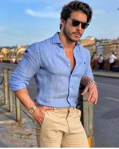 We Bring You The Best Simple, Stylish and Fashionable Outfit Ideas For Men That Every Men Would Love. Formal Men Outfit, Casual Wear For Men, Stylish Mens Outfits, Men Formal, Suit Fashion, Mens Fashion, Street Fashion, Fashion Menswear, Business Dress