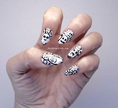 Ghost Nails Freehand Nail Art by www.heidispolish.com