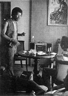 Jimi Hendrix: Beverly Hills, California 1969-06-08