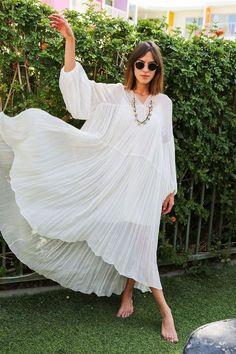 Minimalist Summer Style- White Gauzy dress