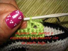 ▶ Tenis tipo converse tejidos a crochet - YouTube