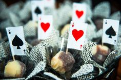Party decoration / Casino Party / Festa de Cassino / Deck of cards / Las Vegas Party / Madame Tutu