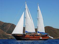 Çok güzel bir tekne. Mavi turu hayal olmaktan çıkartan www.goldenyachting.com a teşekkürler