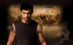 Fans of the movie are wondering, just how did Taylor, the medium build star from Twilight, put on 30 pounds of muscle for the role of Jacob the werewolf in New Moon? Description from macromattersblog.blogspot.com. I searched for this on bing.com/images