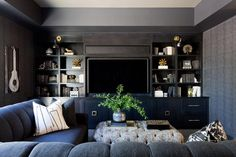 Living Room design photos, ideas and inspiration. Amazing gallery of interior design and decorating ideas of living rooms by elite interior designers. Living Room Grey, Living Room Furniture, Living Room Decor, Living Rooms, Family Rooms, Apartment Living, Salons Cosy, Black Rooms, Dark Walls