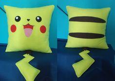 almofada pikachu - pokémon - encomendas pela minha página no facebook -https://www.facebook.com/Boutiquegeekbg/