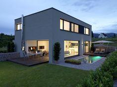 Rahmenlose Ansicht Und Ecke Ohne Profil Ausgebildet. House ... Haus Modern Bauen