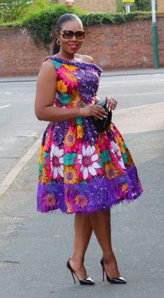 Ankara Dress styles to rock in 2019 – African fashion and life styles Short African Dresses, Ankara Short Gown Styles, Trendy Ankara Styles, African Print Dresses, African Print Fashion, Africa Fashion, African Fashion Dresses, African Outfits, Ankara Fashion