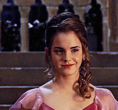 Harry Potter Gif, Harry Potter Icons, Harry Potter Pictures, Harry Potter Characters, Harry Potter World, Hermione Gif, Harry Potter Hermione Granger, Draco, Emma Watson Beautiful