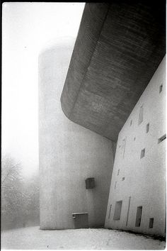 la forma del silenzio - photo of Le Corbusier's chapel Notre Dame du Haut in Ronchamp by Francesco Melchionda