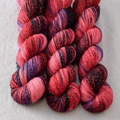https://www.missbabs.com/collections/hand-dyed-yarns/products/estrellita-fang