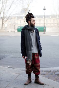 Cool pants and dreads, dude.  Click for more images and videos: http://sussle.org/t/Dreadlocks