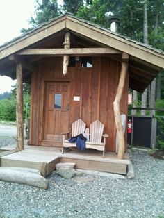 Nothing better ! Sauna Ideas, Firewood, Shed, Outdoor Structures, Spaces, Dogs, Black, Woodburning, Black People
