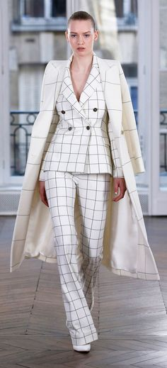 Ralph & Russo Fall 2018 Ready-to-Wear Fashion Show Collection