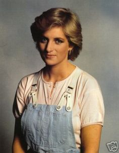 Image from http://www.forum.princess-diana.com/userpix/23_before_it_all_started_2.jpg.
