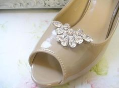 wedding Jewelry shoe clips, Bridal crystal shoe Clips, vintage style, wedding  Shoe accessories ,sparkle Swarovski Rhinestones,. $32,00, via Etsy.