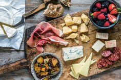 Ost findes i utallige afskygninger. Her får du osteekspertens råd til, hvordan du får mest ud af osten Brie, Chutney, Tapas, Cheese, Chutneys