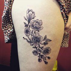 Wild flowers today for Sarah #tattoo #tattoos #tattooist #etchingtattoo #linework #flowertattoo #wildflowers #blackworkers #blackworkerssubmission #blackink #blacktattooart #thightattoo #uktta #stingrayrotary #kwadron #silverbackink