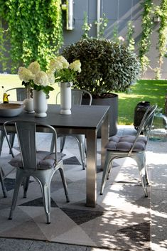Hunenberg House - The Patio Dining Area - In Good Company Patio Dining, Dining Area, Outdoor Furniture Sets, Outdoor Decor, Good Company, House, Home Decor, Decoration Home, Home