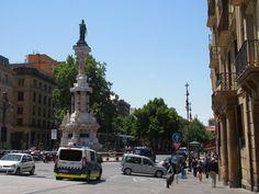 Paseo de Sarasate y Estatua de los Fueros Pamplona, Street View, Statues, Walks