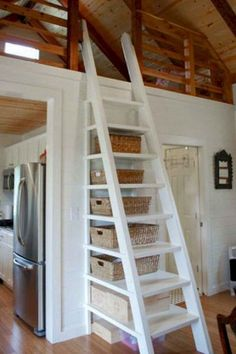 68 Clever Loft Stair Design for Tiny House Ideas – Insidexterior - Valentinstag Ideen Small Cottage House Plans, Small Cottage Homes, Small Cottages, Tiny House Plans, Small Homes, Tiny Loft, Tiny House Loft, Tiny House Design, Tiny Houses