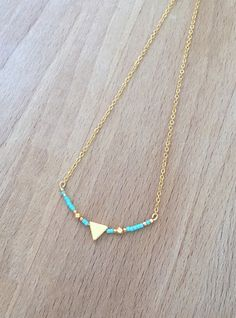 Collier Minimaliste Triangle Plaqué Or 24k et Perle