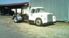 international detroit diesel I don't know what movies on the side of the road, thinking about making it to a rat Rod Lowered Trucks, Dually Trucks, Big Rig Trucks, Dodge Trucks, Cool Trucks, Diesel Rat Rod, Diesel Trucks, Custom Rat Rods, Custom Trucks